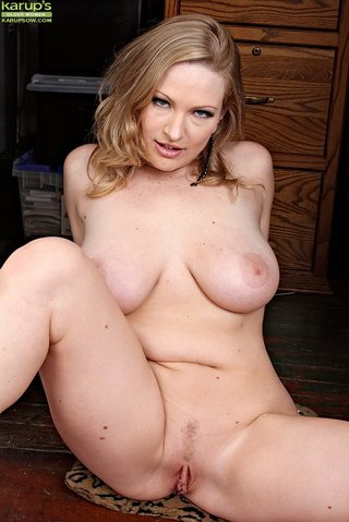 american thick amateur blonde