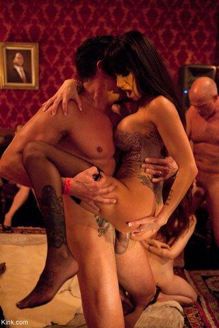 rough swinger sex party