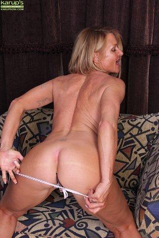 hot busty ass