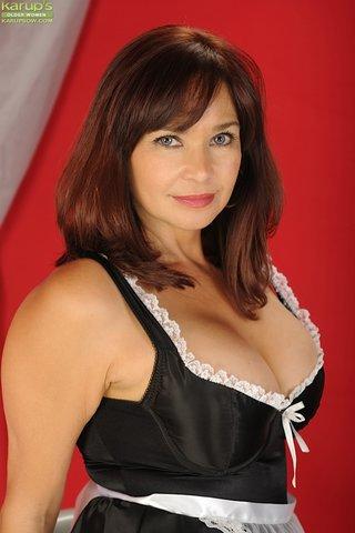 polish hot busty mom