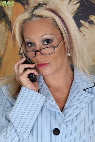 beautiful big boob secretary