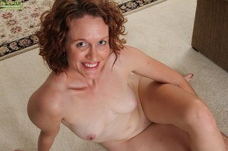 tiny hot mature mom