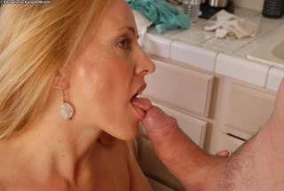 hardcore hot blonde mom