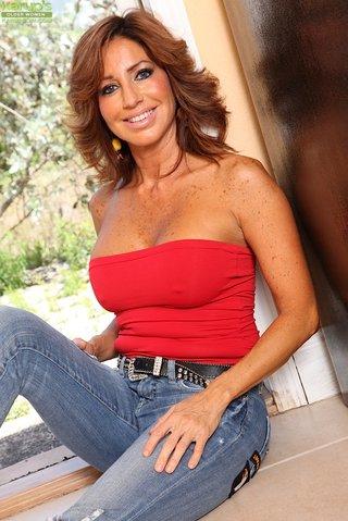 chilean hot latina mom