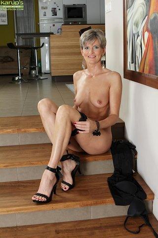 mature hot sexy granny