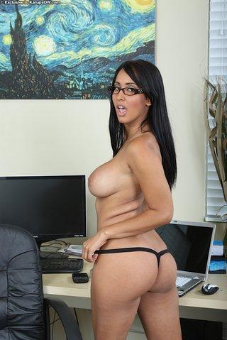 brunette hot pussy