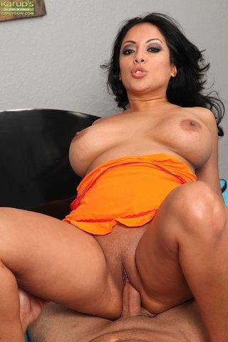 amateur milf latina lover