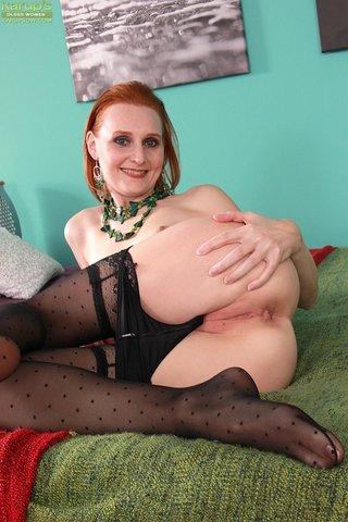 petite mature mom redhead