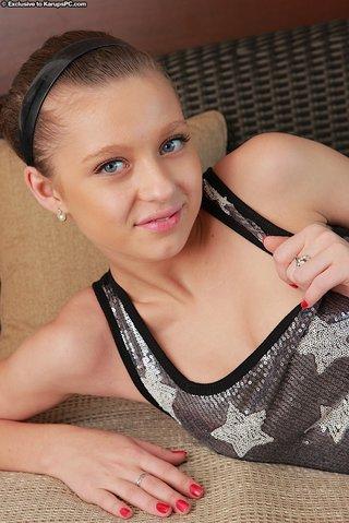 tiny solo teen fingering