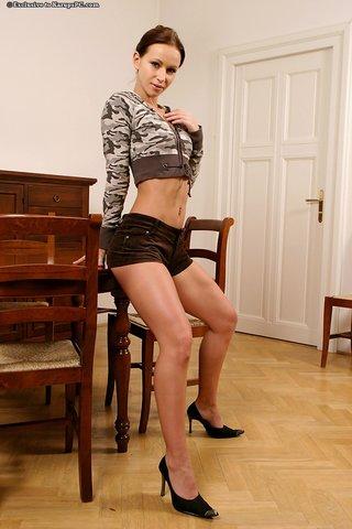 slender amateur girl
