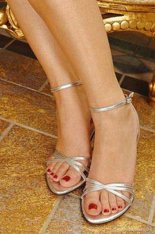 facial maduras pies