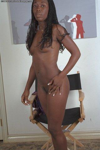 tight booty black girl