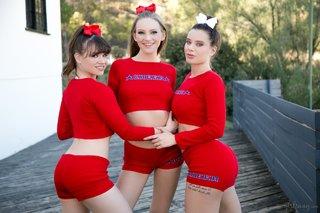 Sort cheerleader lesbisk