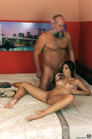 naked latina blowjob