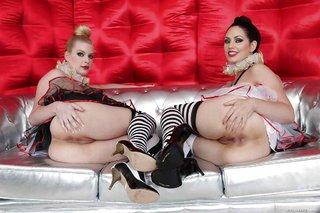 playful lesbians