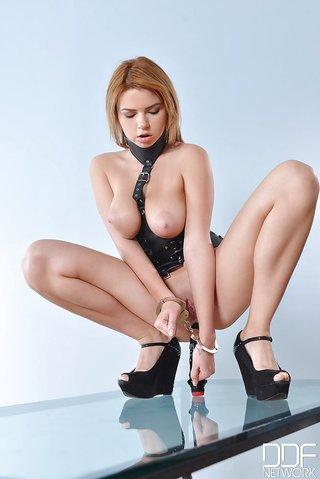 russian handcuff bondage