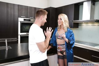 facial milf kitchen