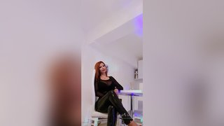 english camgirl squirt