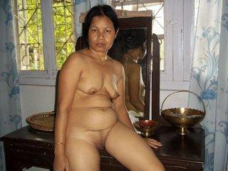 saggy tits pakistani girlfriend