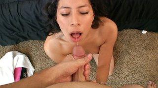 submissive 19yo nympho blowjob