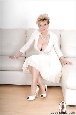 naughty high heel fetish