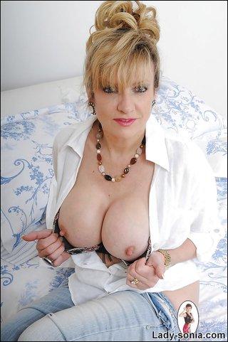 british alluring non nude