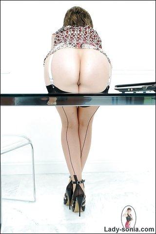 busty panties