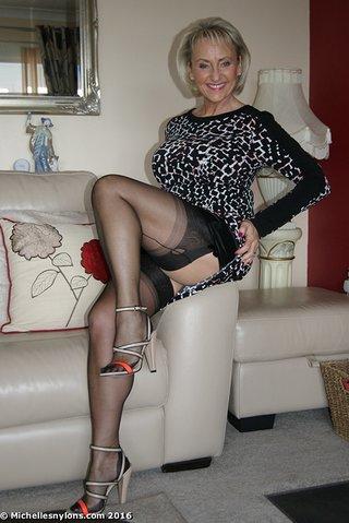 Stockings matures in MATURE STOCKINGS