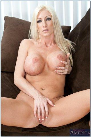 Nadia hilton fuck Nadia Hilton Pornstar Bio Pics Videos Youx Xxx