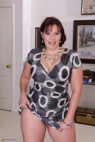 Amateur Mature Mff Threesome