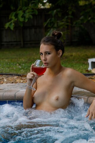 Naked girls spa tub Hot Tub Pictures Youx Xxx